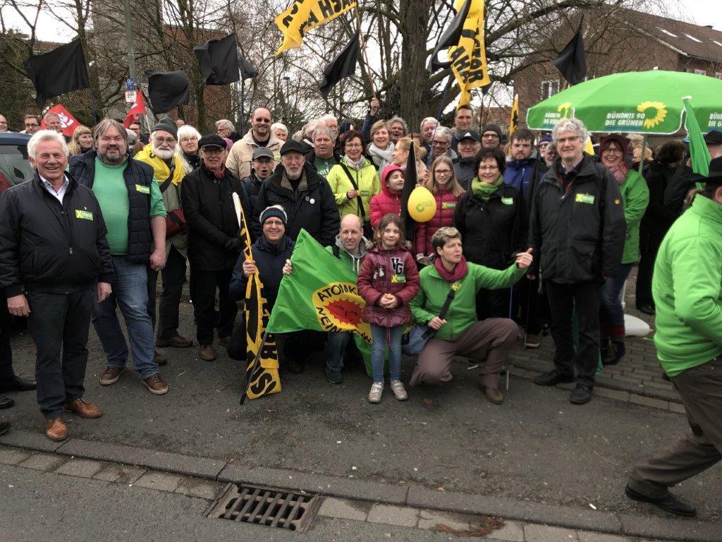 1400 Menschen protestieren gegen Atommüll in Ahaus